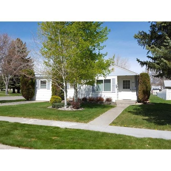 1627 Wyoming Ave, Billings, MT 59102
